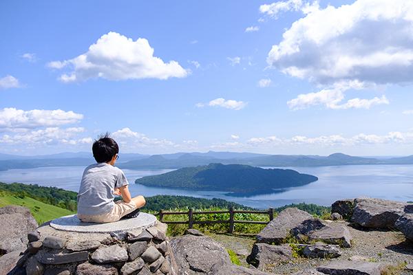 美幌峠から摩周湖を臨む